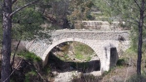 Double-arched-bridge-16-03-06-Delikipos